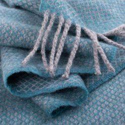 Skye Weavers Orbost Scarf turquoise