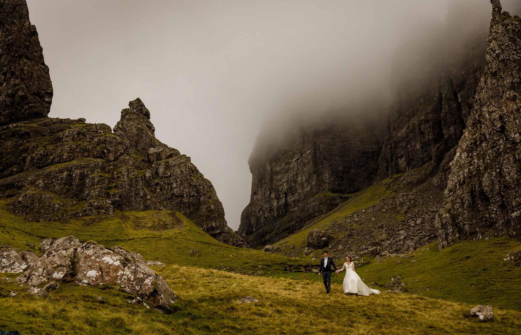 Wedding couple in rocky landscape