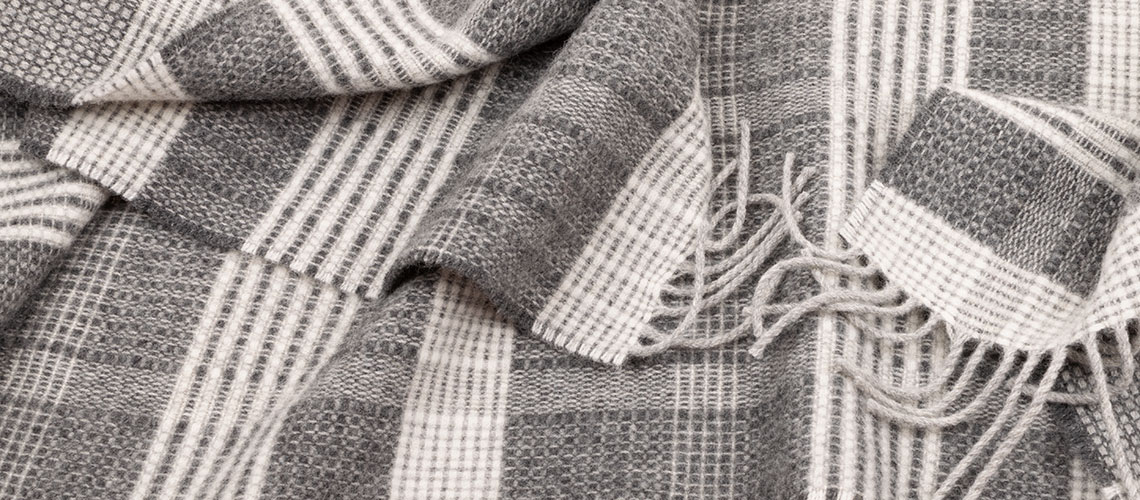 close up look at our Bauhaus scarf pattern