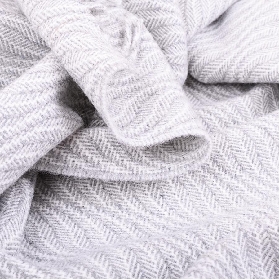 ebb tide shawl grey and white