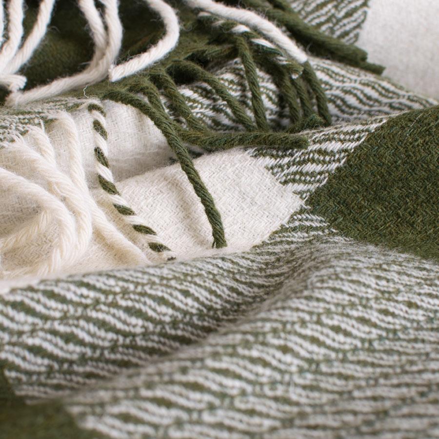 skye wool throws sea lettuce
