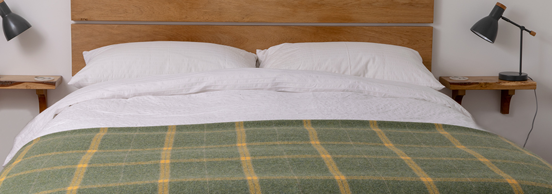 skye-weavers-hillside-throw-bedspread