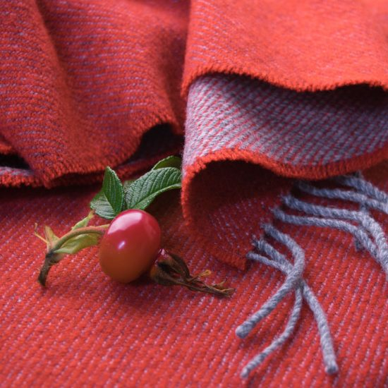 two-tone scarf rose hip
