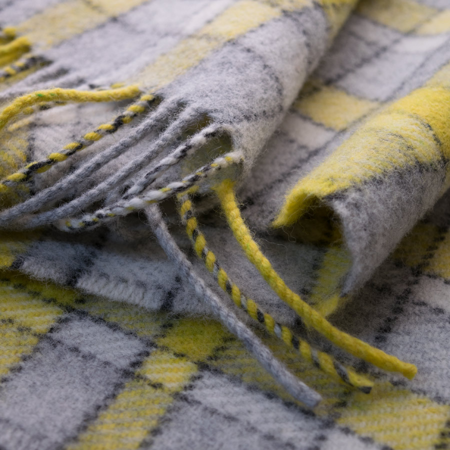 map lichen scarf yellow
