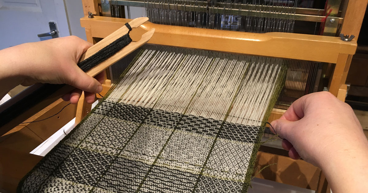 weaving sample blanket